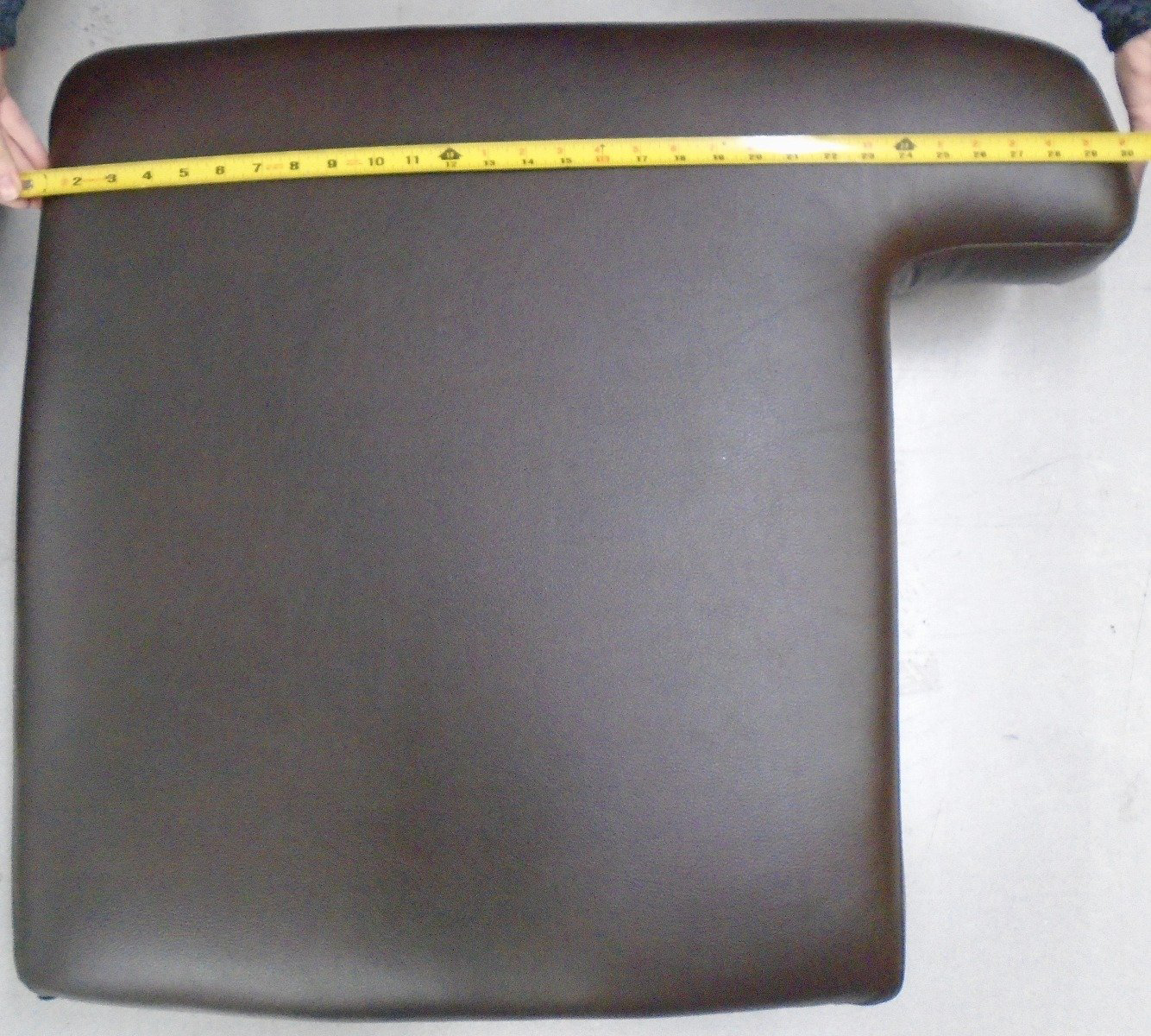 Picture of L-shape Cushion