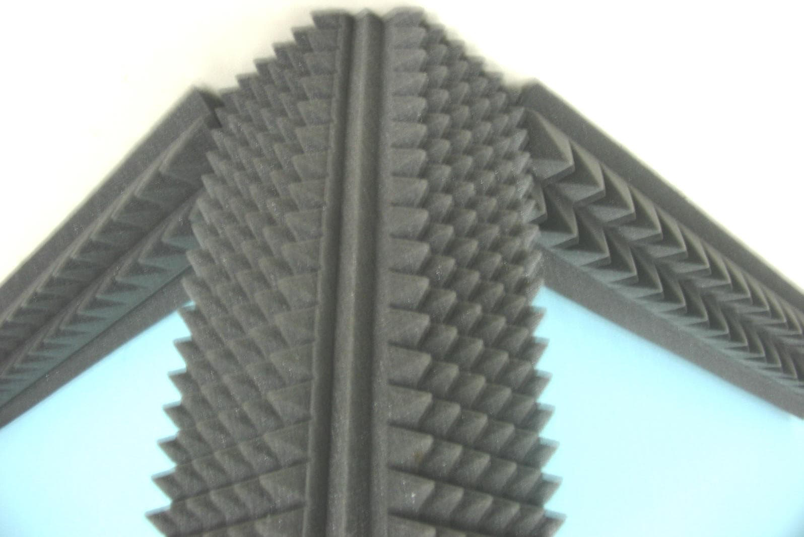 Picture of Outer Edge Corner Pyramid Bass Traps